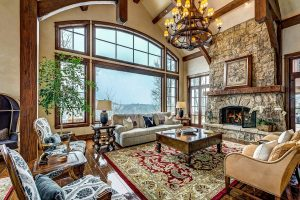 WHEN SELLING YOUR HOUSE BY OWNER, GREAT PHOTOS ARE CRUCIAL.